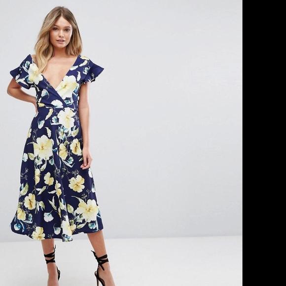 ff3db68297c1 Boohoo Dresses | Nwt Floral Print Midi Skater Dress Small | Poshmark